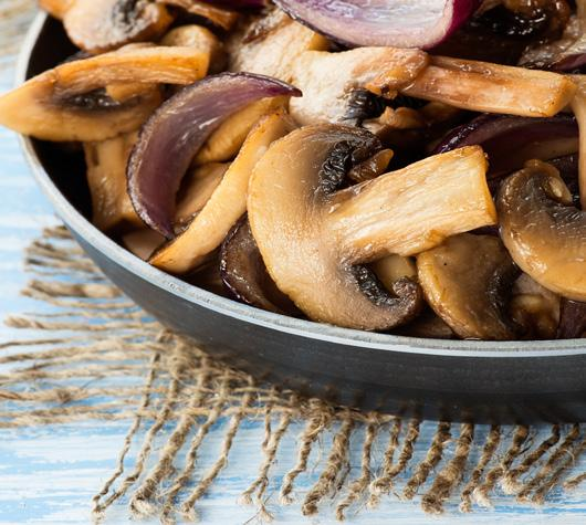 THYME BUTTER MUSHROOMS 8 1 tablespoon butter 1 tablespoon canola oil 1/4 cup finely chopped shallots 3/8 teaspoon salt 2 (8-ounce) packages presliced cremini mushrooms 1/3 cup dry white wine 4